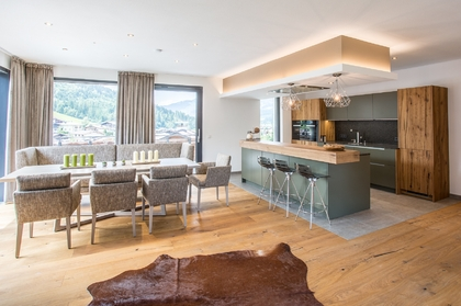 Beeindruckendes Penthouse-Loft mit traumhafter Aussicht in Kirchberg