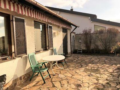 Großzügiges Einfamilienhaus mit 2000 m² Garten in sehr guter Lage – Zentrumsnähe!