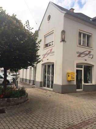Vermiete Geschäftslokal am Eingang zur FUZO in 7000 Eisenstadt - TOPLAGE
