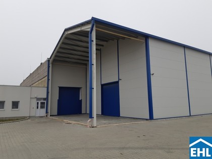 Hallen / Lager / Produktion in 9700 Szombathely