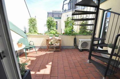 Dachterrassen-Appartement mit Ordination/Büro/Praxis!
