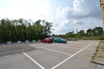 Parken in 2603 Felixdorf