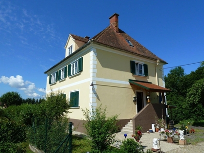 Herrenhaus in Thermennähe