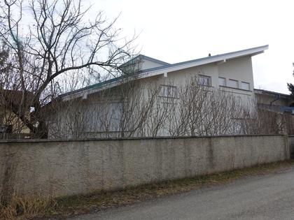 Häuser in 8041 07. Liebenau