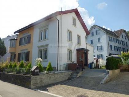 Häuser in 8212 Neuhausen am Rheinfall