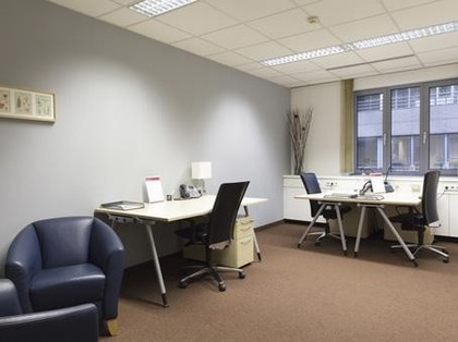 bezugsfertige, komplett ausgestattete Büros