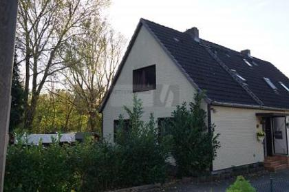 Häuser in 25469 Halstenbek
