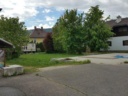 Wohn- und Wirtschaftsgebäude mit viel Grund in Ebenthal