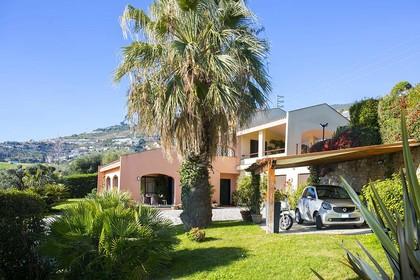 Häuser in 18038 Sanremo