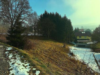 Grundstücke in 8072 Enzelsdorf