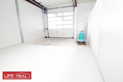 Hallen / Lager / Produktion in 4061 Pasching