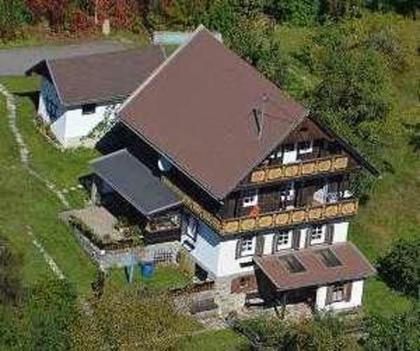 Häuser in 9873 Döbriach