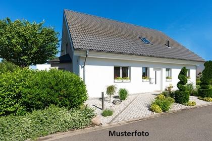 Häuser in 3950 Grillenstein