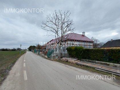 Häuser in 2440 Moosbrunn
