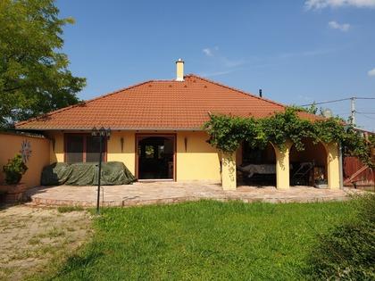 Häuser in 9491 Hidegség