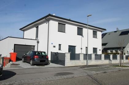 Häuser in 2435 Ebergassing