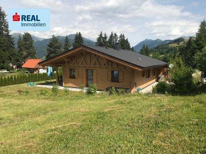 Häuser in 8844 Rinegg
