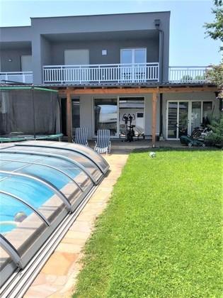 LINZ (WASSERWALD): Traumhafte Doppelhaushälfte ca. 143,4 m2 Wohnfläche, Grundstück ca. 374,65 m2 mit GARAGE & POOL