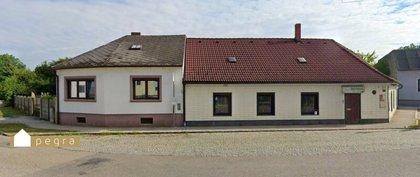 Wohnhaus mit uneinsehbarem Innenhof oder Gewerbeobjekt mit großzügigen Nebengebäuden oder ehemaliges Gasthaus zu revitalisieren