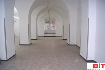 Einzelhandel / Geschäfte in 2410 Hainburg an der Donau
