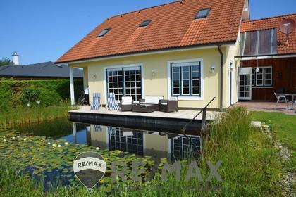 Häuser in 2111 Tresdorf