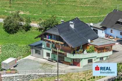 Häuser in 9554 Reggen
